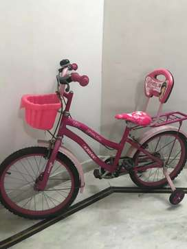 Girl bicycle in new condition, Kross Brand