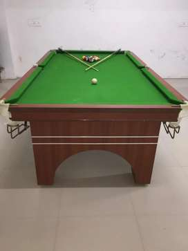 2 pool table 1 snooker table