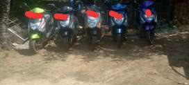 5 Honda dio for sale 18000 for each bike