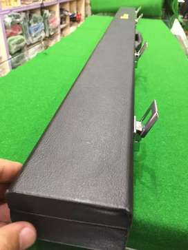 Snooker cue box