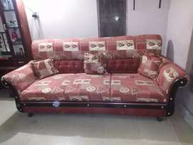 Neat and clean SIX Seater Sofa set