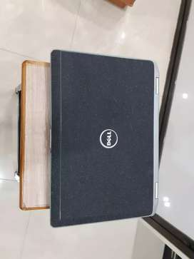 Dell corei7 laptop with 4 gb ram, just like New condition