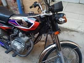 HONDA 125 SINGLE HAND USED GOOD CONDITION WITH FULL DOCUMENTS