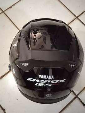 Dijual helm aerox kondisi masih baru busa masih bagus