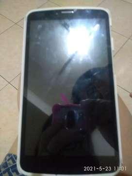 Tablet HP warna hitam kondisi sesuai dengan barang