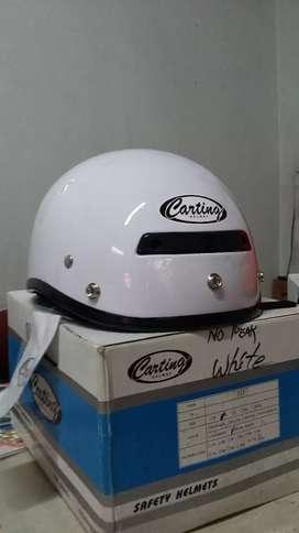 Helmet Merk Casting