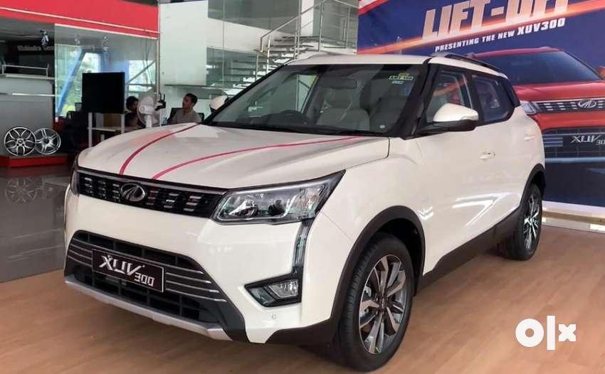 Mahindra XUV300, 2021