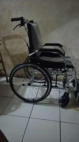 Dijual kursi roda ( wheelchair)