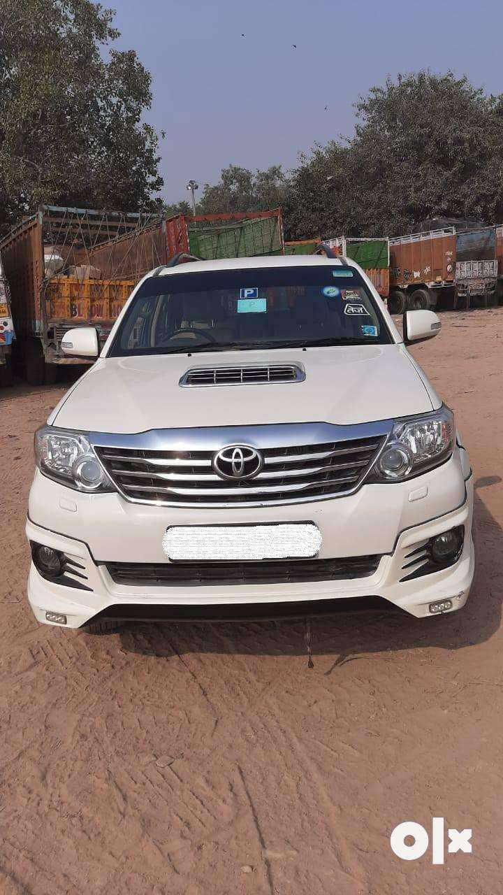 Toyota Fortuner 2.8 4X2 Automatic, 2013, Diesel 0