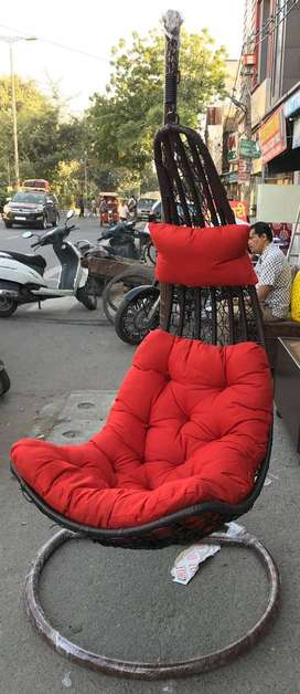 Swing ChairPrice : 6500DescriptionBrand New Swinging Chairs (Conditio