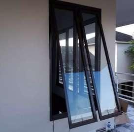 Tukang kreatif dan sigap pasang jendela aluminium Harga MIRING