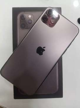 Iphone 11 pro 64 max space grey .