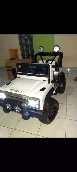 mobil mainan anak~32*