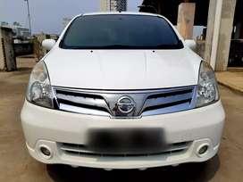 Nissan Grand Livina XV Automatic Tahun 2011