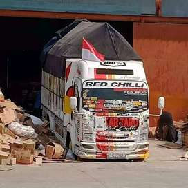 Jasa angkut barang , sewa truck , jasa pindahan area Jawa timur