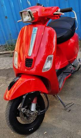 Sell or exchange Vespa S 125 in excellent condition lady used