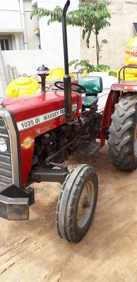 Massey Fergusson 2013 tractor for sale