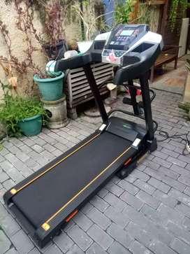 Treadmill i5 fitur lengkap dan stylish siap kirim gratis