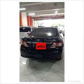 Toyota Altis 1.8 G AT 2010. Warna hitam.
