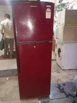 Kelvinator 250ltr in working condition