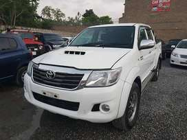 Toyota Hilux Vigo-Get on Easy Installment...