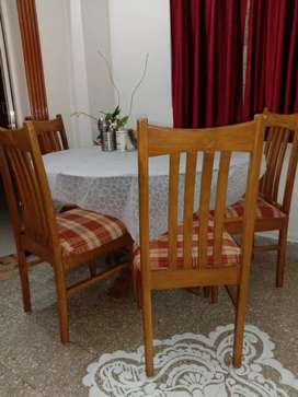 Wooden dining 6 seater