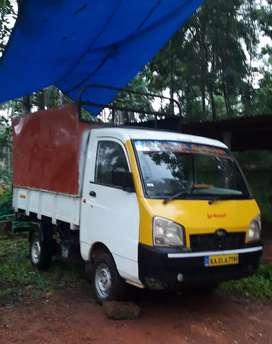 Mahindra maxima pickup