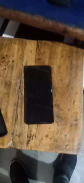 Orignal display is for sale urgent of note8 samsung with bill