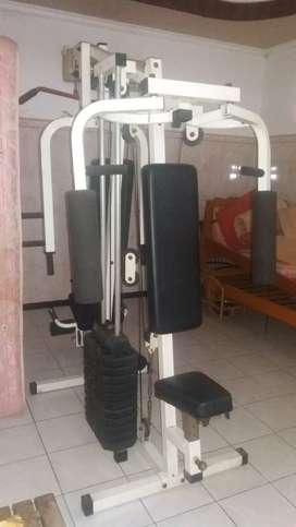 Peralatan fitness dua sisi untuk pria