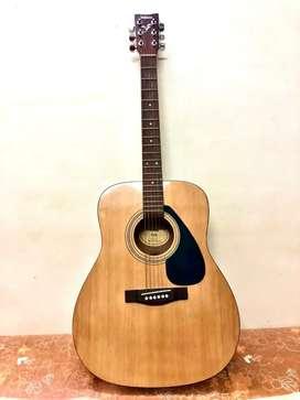 Yamaha F310 Acoustic Guitar.