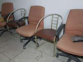 Wooden floor 2 color office chairs