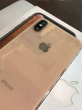 Apple iphone XS 64 In warranty