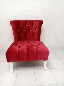 Sofa Single Minimalis Merah Maroon
