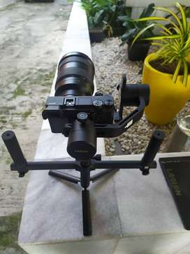 JUAL CEPAT, CAMERA STABILIZE MOZA AIR 3 AXIS GIMBAL FOR DSLR/MIRROLESS