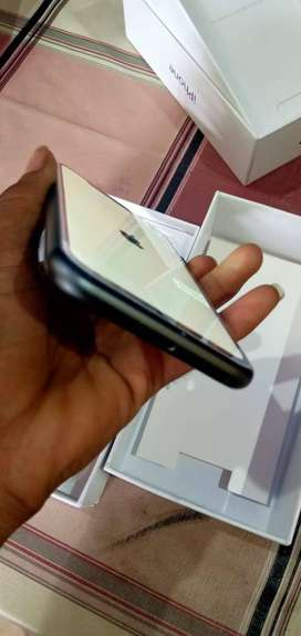 bumper sale on apple all models interested buyer contect me as soon