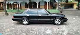 Toyota crown tahun 1992