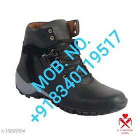 BRAND NEW BOOTS FOR MEN