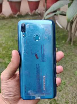 Huawei y9 2019. Awsome condition. Cheap price. Pta approved. Dual sim.