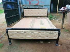 New Queen Size 5x.6.5 Feet Iron Bed Heavy Quality Free Delivery