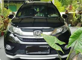 Dijual Honda BRV tahun 2018 warna hitam