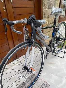 Dijual sepeda Road Bike Polygon stratos S2 New