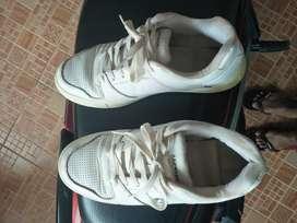 Dijual sepatu airwalk bekas