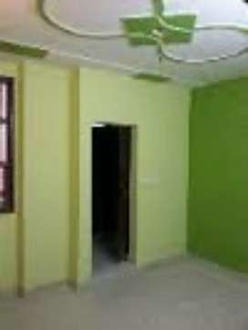 1 room sat AVAILABLE for rent in uttam nager