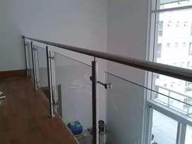 Balkon stanlis kaca