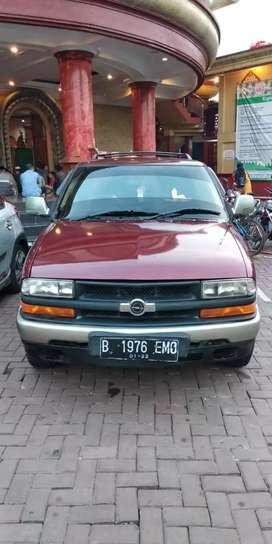 Opel Blazer 2000 SOHC SUV