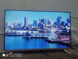 40 INCH 4K UHD LED TV WITH WARRANTY WITH BILL
