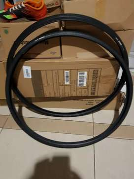 Dijual 2biji ban sepeda road bike maxxis sierra 700x25c 120psi