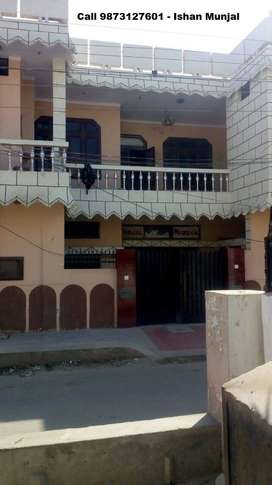 2 room set-Big size kitchen and balcony on both sides-Good locality