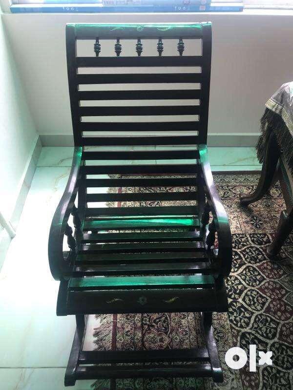Rocking chair 0