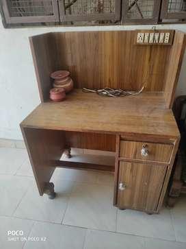 Computer cum study table
